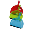 DUSTPAN WITH RUBBER HANDFUL - Dust pans